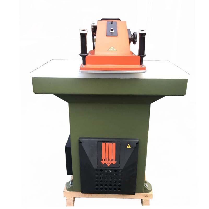 används ombyggd ATOM skärpressmaskin för läderskor och väskor
