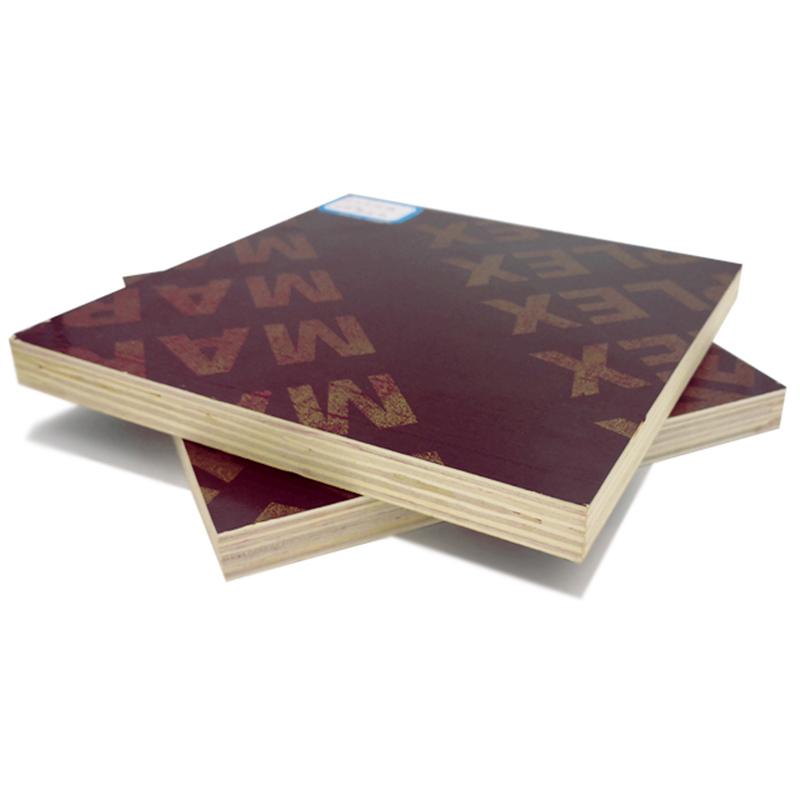 18 mm plywood med filmskikt som används för konstruktion