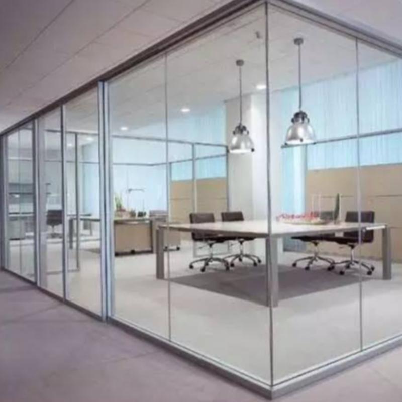 Detaljerad installeringsmetod för dörröppningar på glasgolv utan inre ram